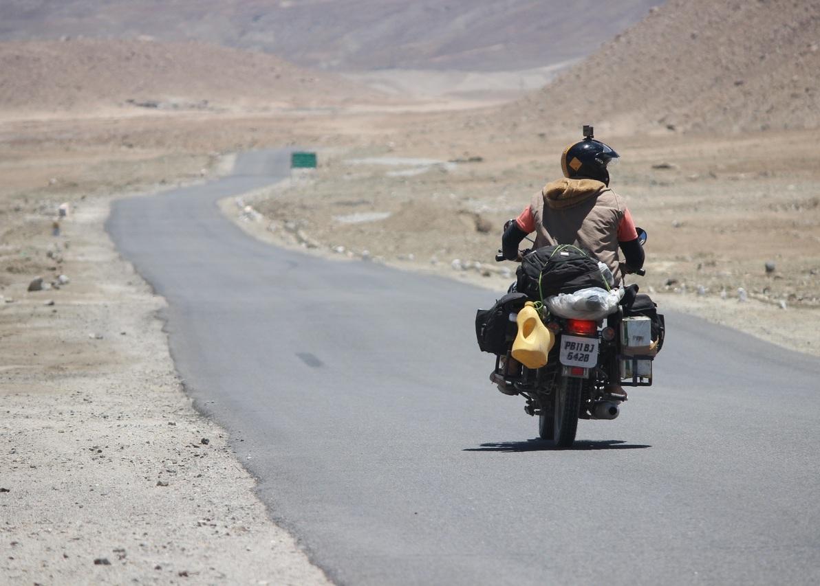 Leh Ladakh Travel Guide 2020 :Lets Get Lost In Landscapes 1