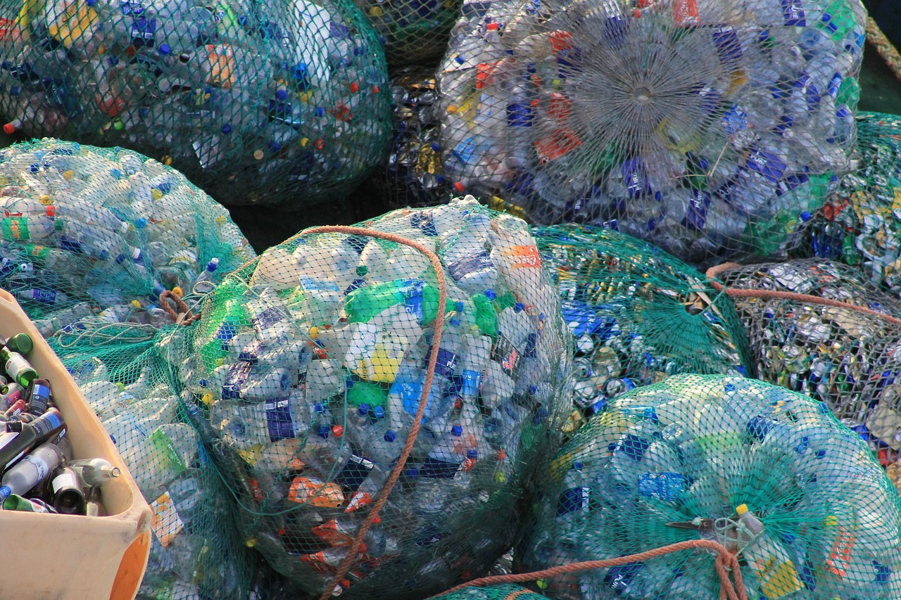 Say NO To Plastic & YES to Healthier Living ! 1