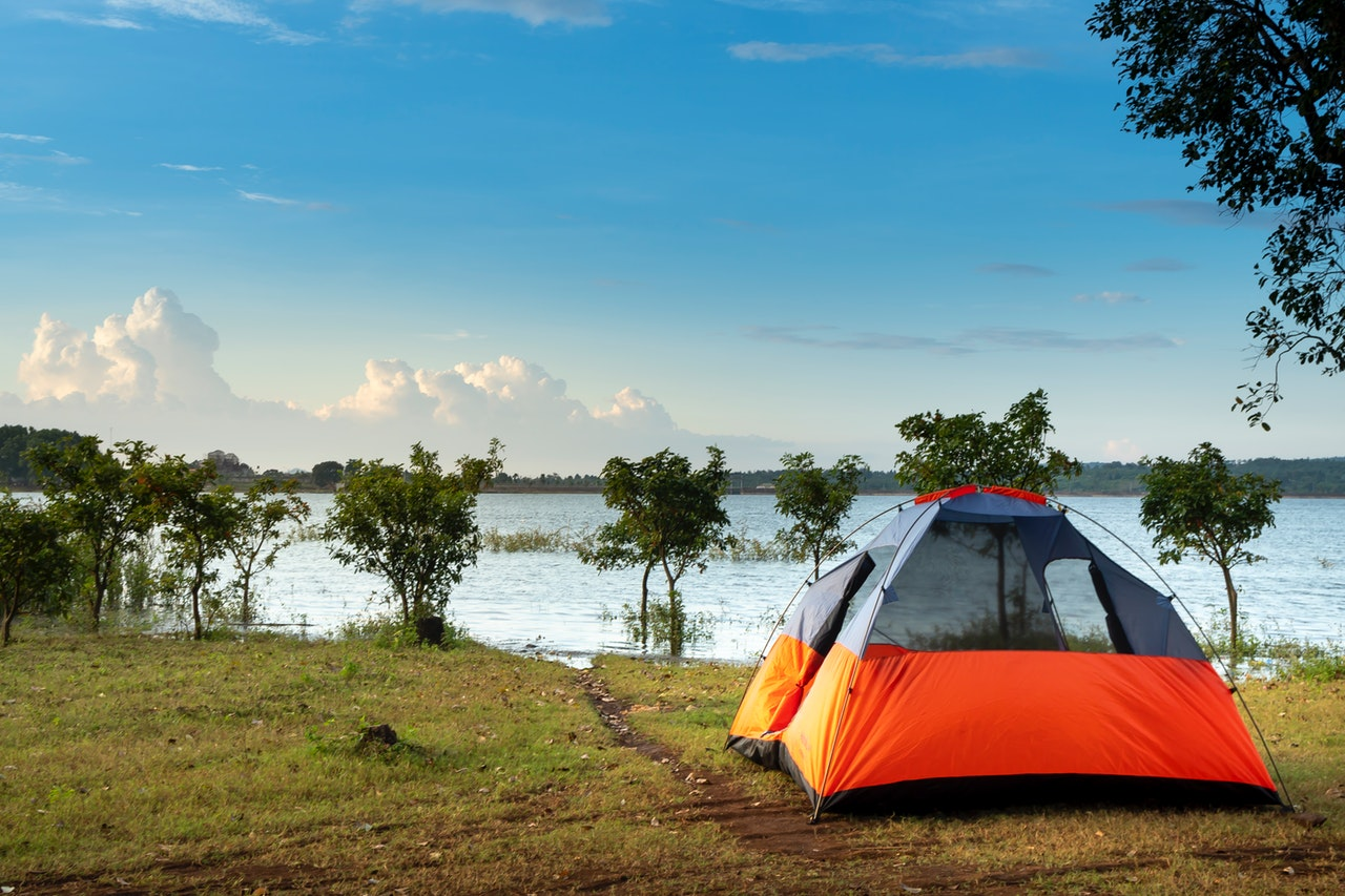How To Minimize Your Carbon Footprint As A Traveller? 1