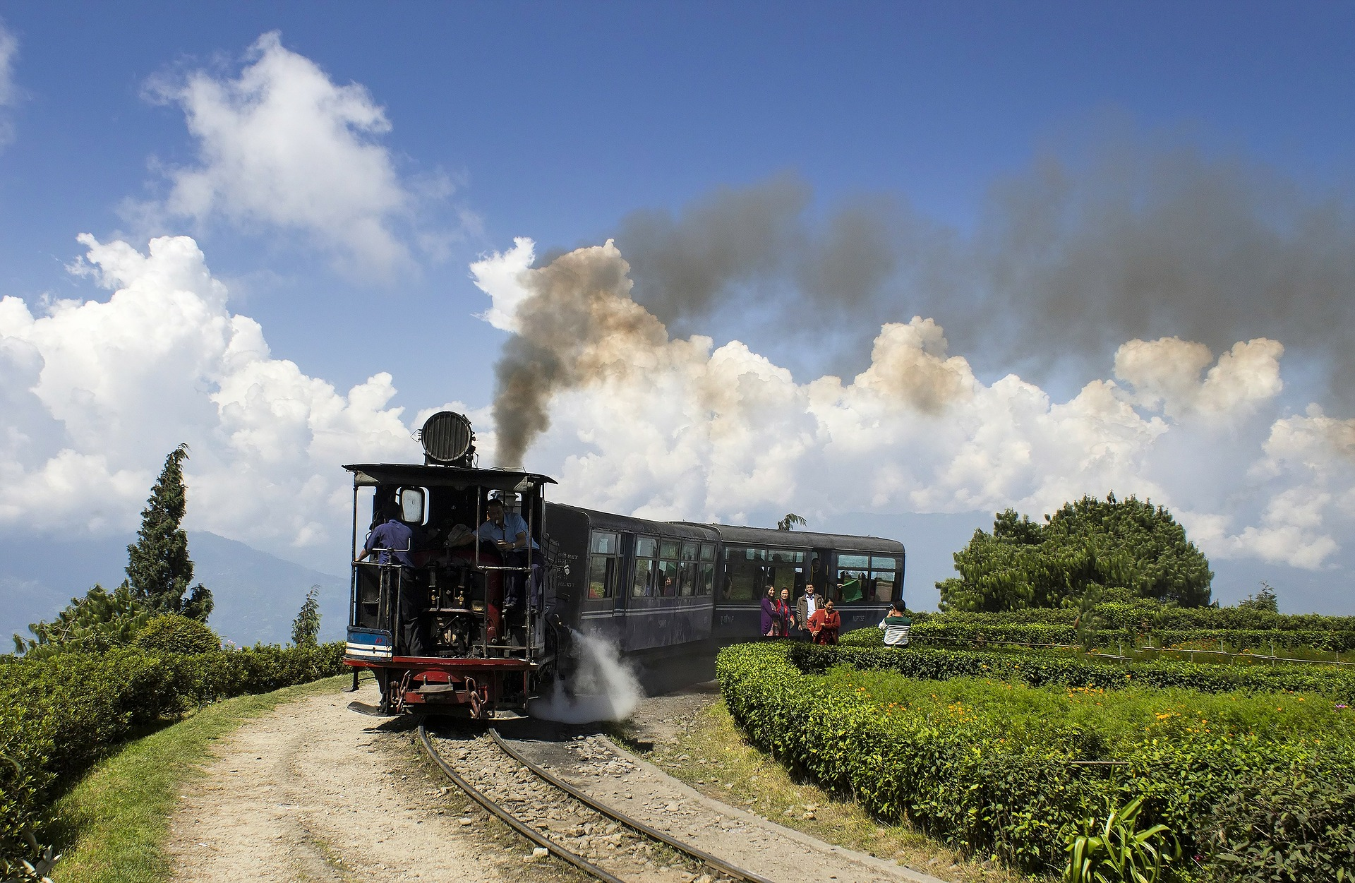 Darjeeling Toy Train- Beat your way with a Fun Ride 1