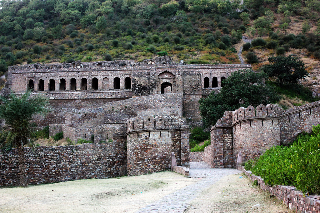 5 Most Haunted Places in India 1
