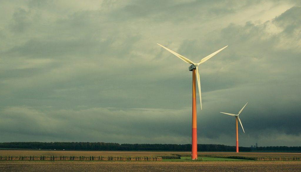 windmills-522422_1920