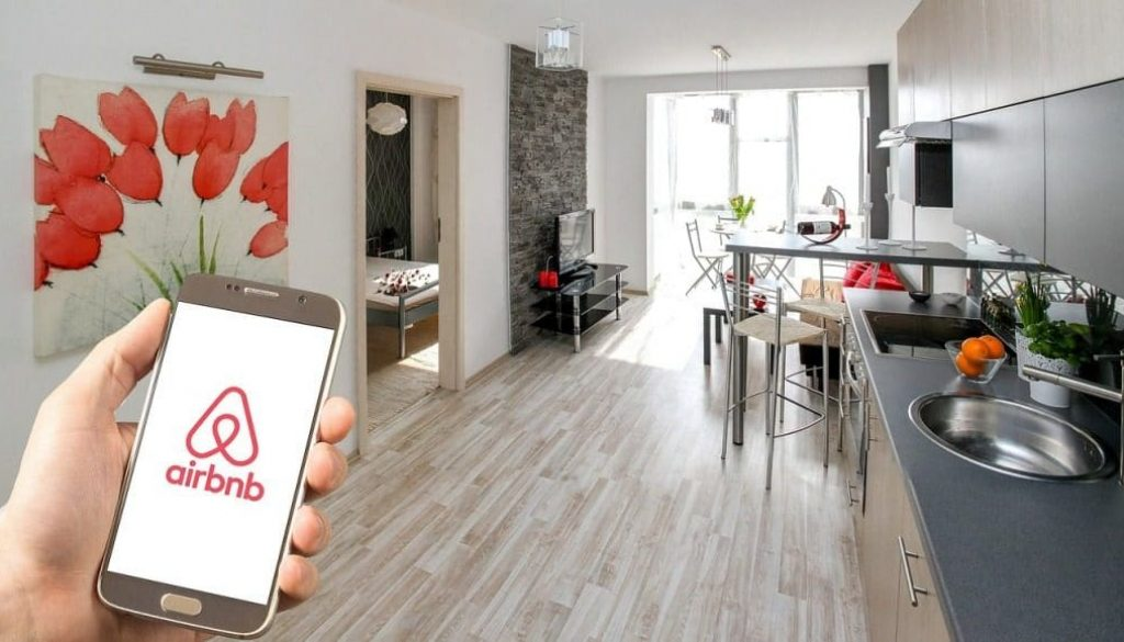 airbnb-3399753_1280